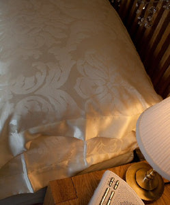 Cream Jacquard Silk Duvet Cover & Silk Pillowcases Set