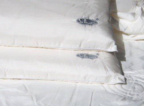 Silkweb Pillow