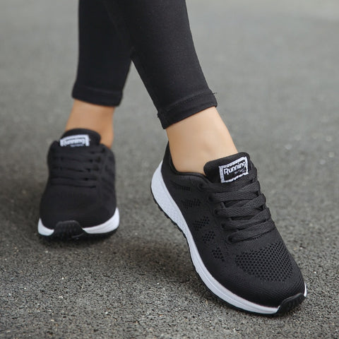 2019 Hot Sale Sports Shoes Woman Comfortable Running Shoes Women Breathable Mesh Sneakers Light Women Walking Jogging Trainers