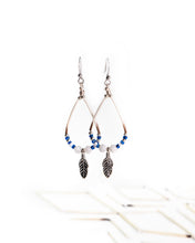 Load image into Gallery viewer, Blue Frost Earrings
