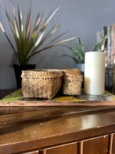 Load image into Gallery viewer, Totora Baskets - 8 pc