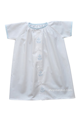 Auraluz Day Gown. White with blue binding trim and embroidered crosses