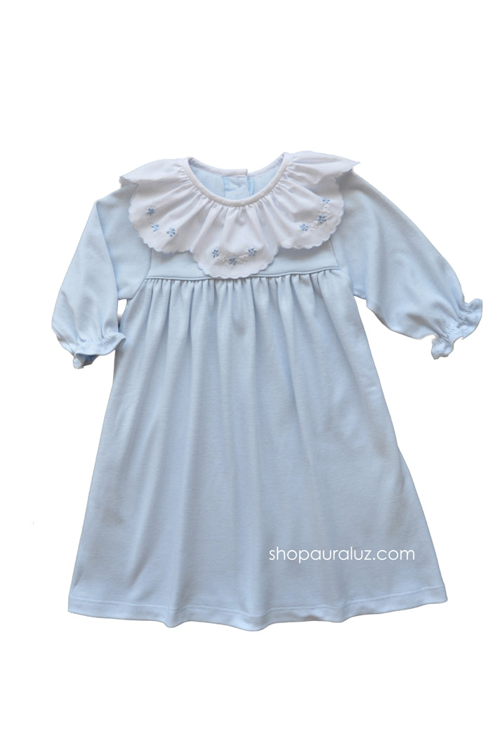 Auraluz Knit Dress l/s..Blue with ruffle collar and embroidered flowers