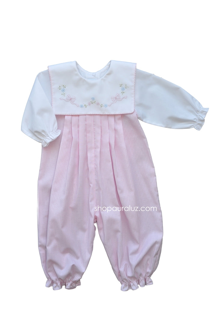 Auraluz Longall..Pink check with square collar and embroidered tiny bows