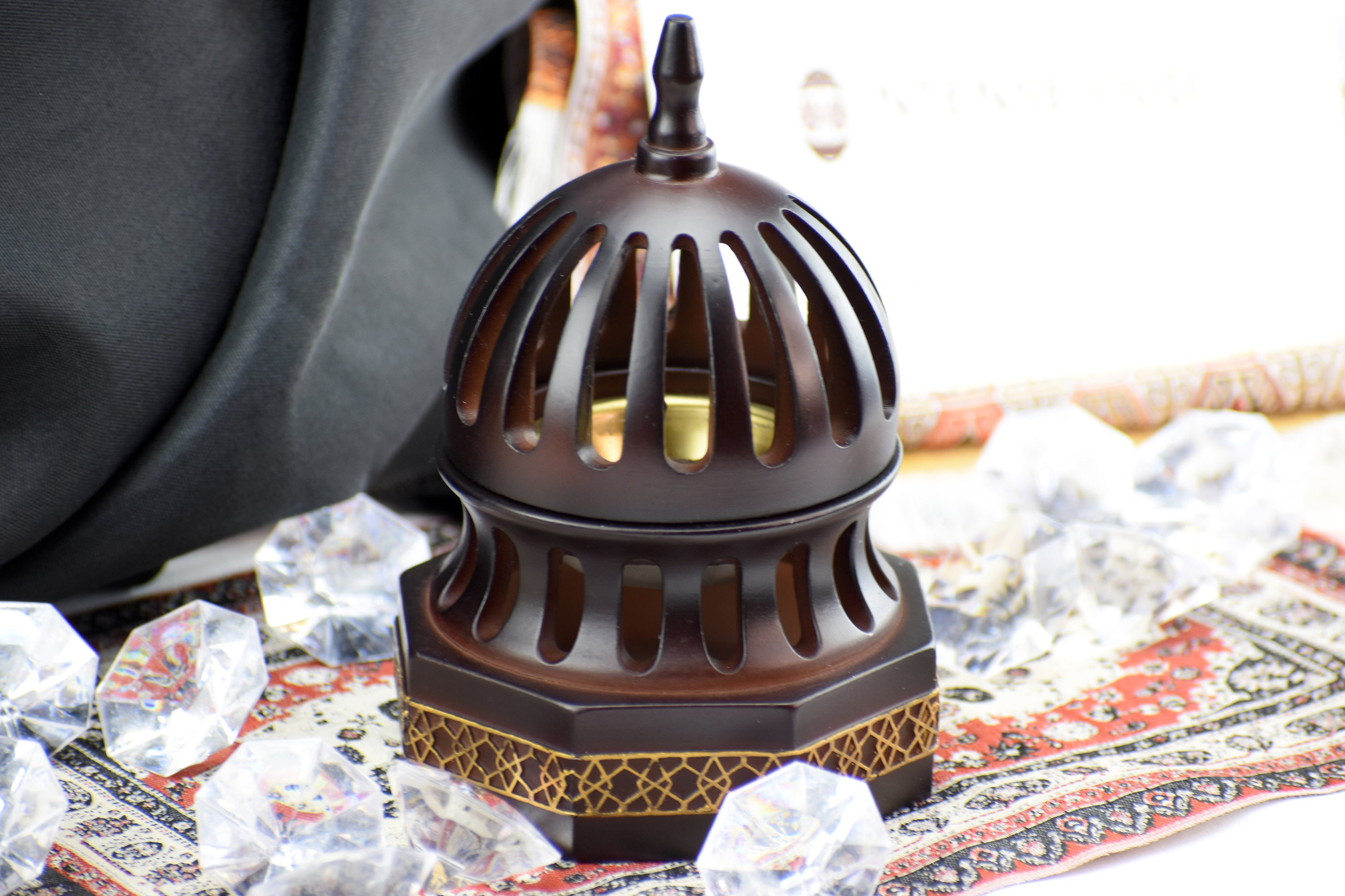 Classic Traditional Dome Style Closed Incense Bakhoor Burner - Brown - Intense oud
