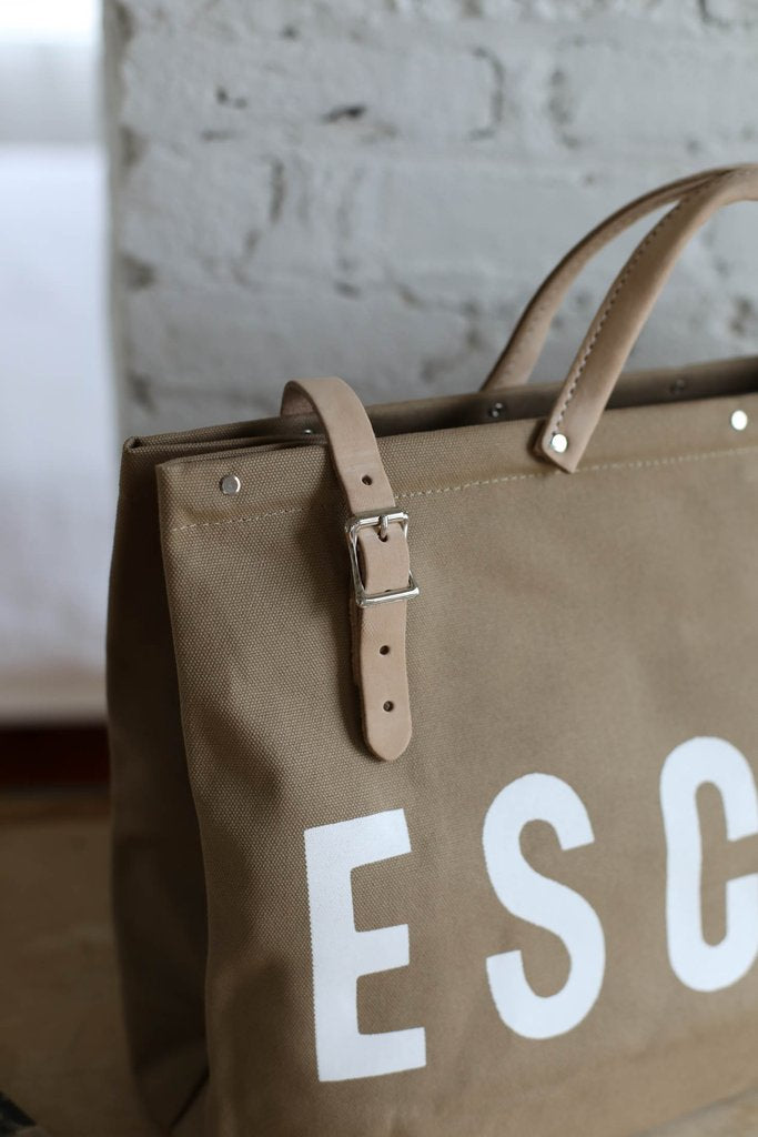 ESCAPE Canvas Utility Bag in Khaki