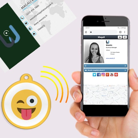 Carte de visite avec puce NFC Smiley Langue