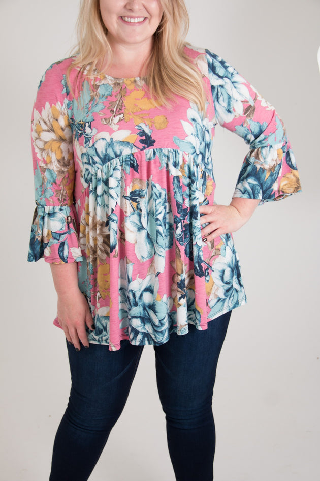 Renae Curvy Top