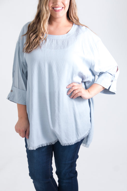 Eleanore Curvy Top