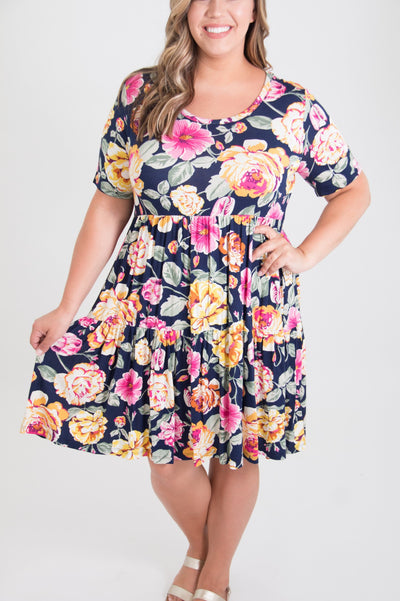 Evvie Curvy Dress