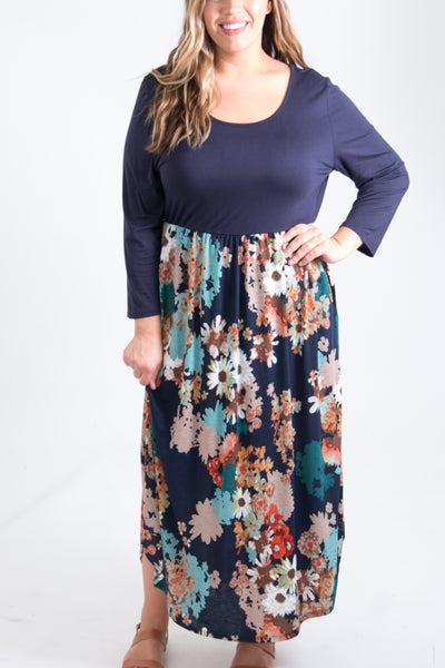 Makenna Curvy Dress