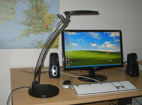 12W single arm LED Desk Lamp