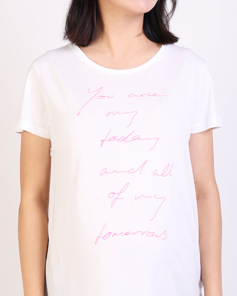 NINE+QUARTER offer a range of maternity and breastfeeding t-shirts in soft, organic, breathable cotton