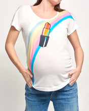 Load image into Gallery viewer, Lipstick Retro Maternity T-shirt