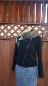 Black and brown bamboo handwoven scarf made in Bend Oregon wrapped around the neck and paired with an black sweater