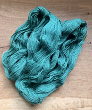 Load image into Gallery viewer, 100g Superwash Merino Wool  and Bamboo - 4 Ply Yarn - Forest Green