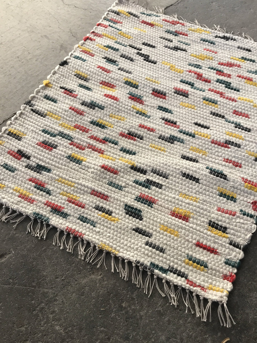 Pendleton Wool Mill Selvage Handwoven Rug - White with Dots of Color