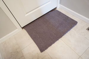 Super soft cotton and Synthetic handwoven rug great for the bedroom, bathroom or kitchen