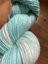 Load image into Gallery viewer, Superwash Merino Wool - Baby Blue