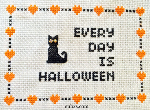 Every Day Is Halloween: Sparkly-Eyed Cat