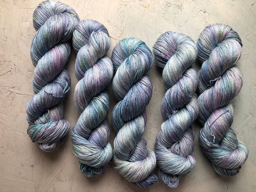 Raising Unicorns - Merino Silk - 4ply