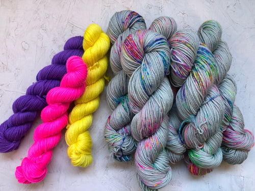Suspender Cardigan yarn bundles