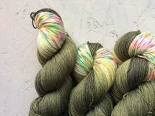 Load image into Gallery viewer, Neon Camo - BFL Bamboo - 4ply
