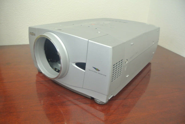 Sanyo PLC-XP55 HD Pro Wide LCD Digital Multimedia Home Theater Projector