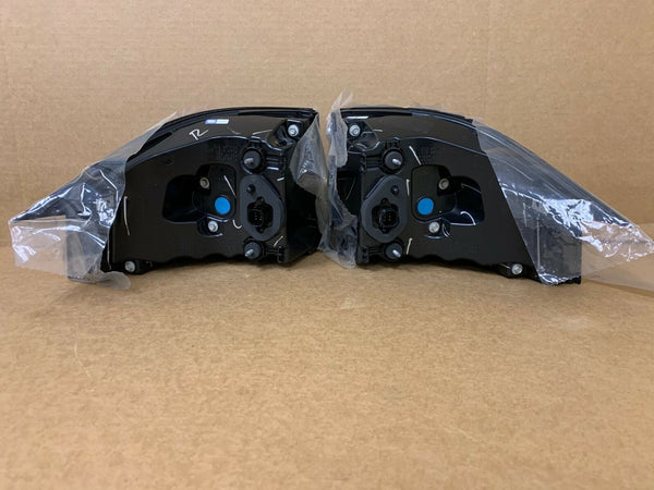 17-20 Tesla Model X RH + LH OEM Rear Outer Tail Light Lamp Set Right Left OEM