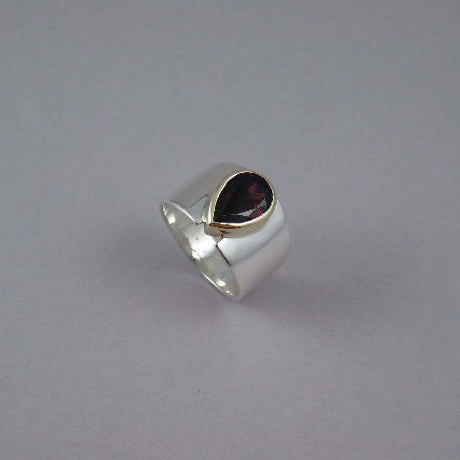 SR1059 One-Off Silver and 9ct Yellow Gold Ring with Pear Shaped Garnet