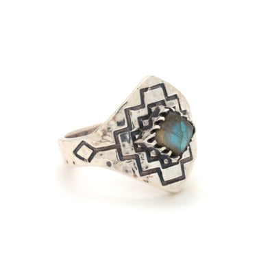 Four Winds Ring | Silver / Labradorite