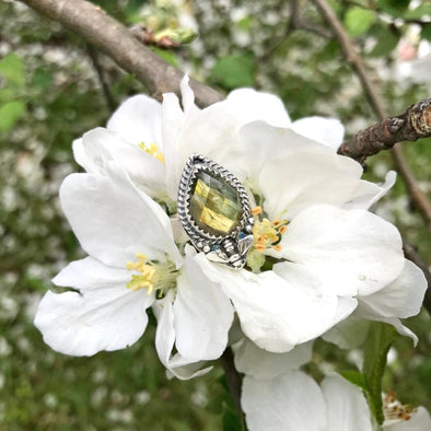 Labradorite Bee Ring