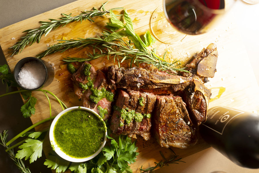 Saftiges T-Bone Steak mit frischer Salsa Verde – Das perfekt gegarte Steak