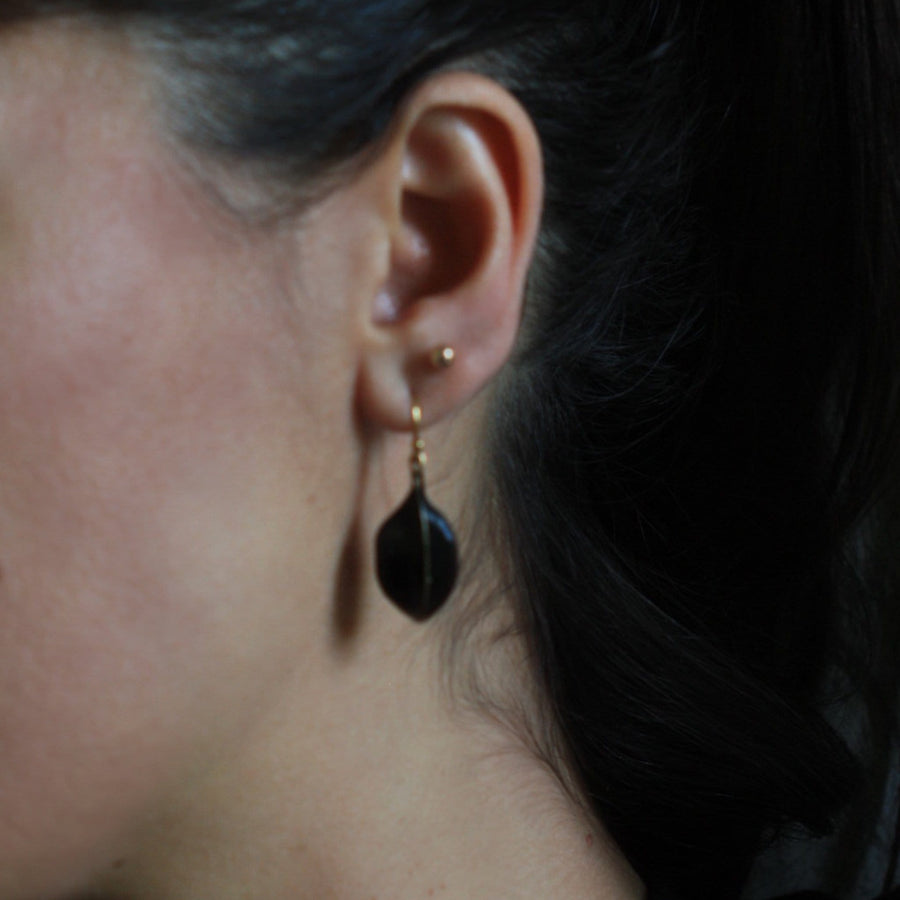 BLACK AMULET BRONZE EARRING