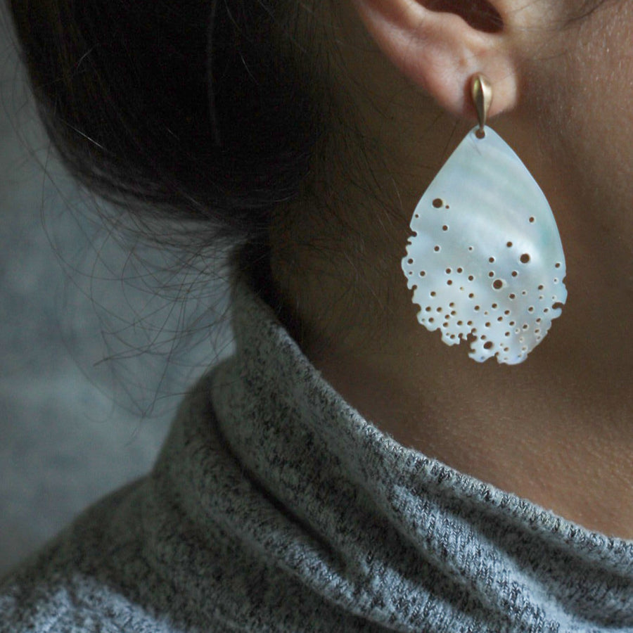 MAGNOLIA MOTHER OF PEARL BRONZE EARRING
