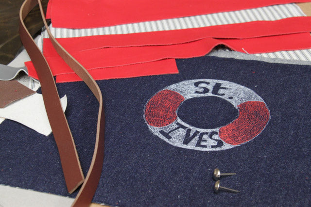 St Ives tote in production