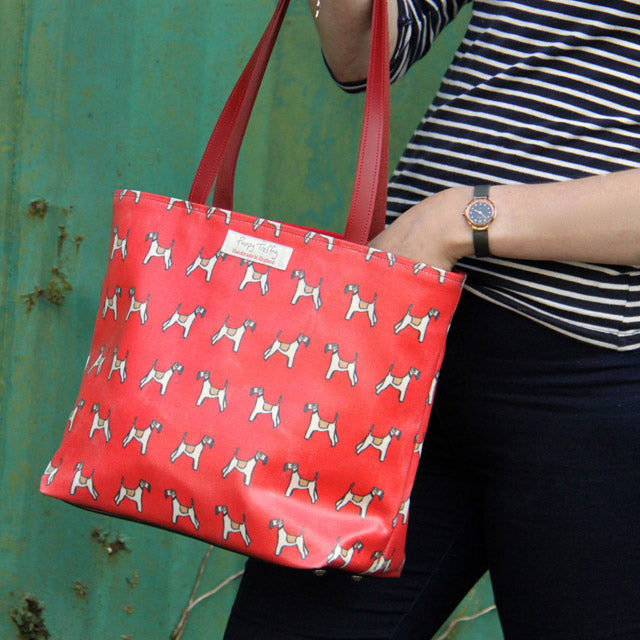 Oilcloth tote - Best in Show