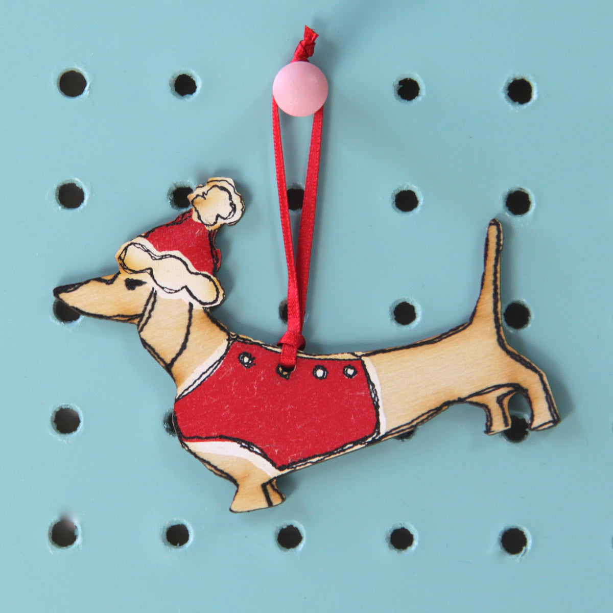 wooden-decoration-dachshund