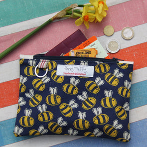 busy bee - flat purse with keyring