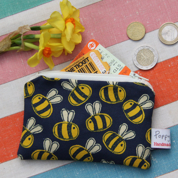 busy bee - small useful purse