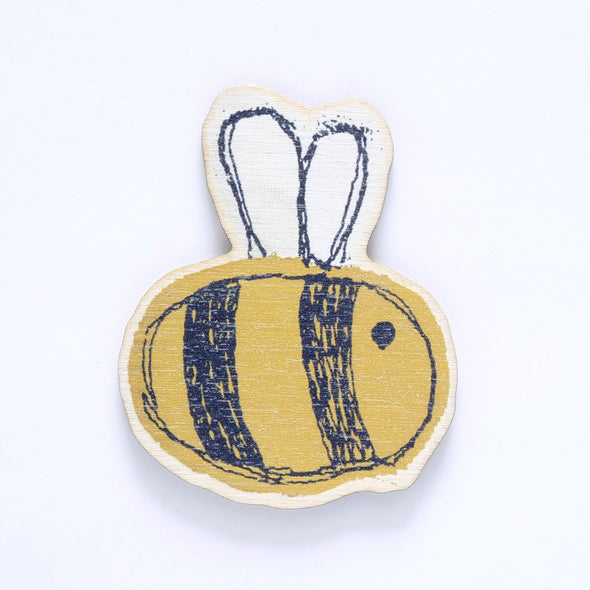 busy bee - wooden magnet