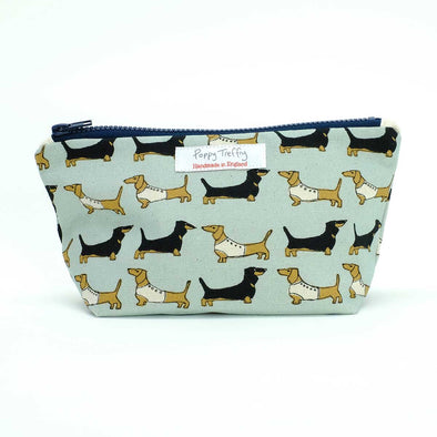 dachshund (duck egg) - small wash bag