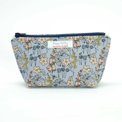 wild flowers - small wash bag