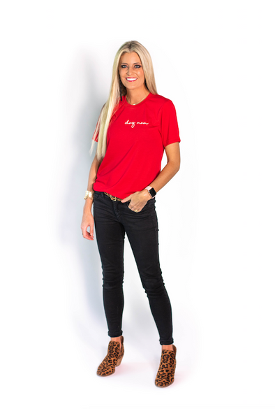 Minimal Dog Mom Tee - red