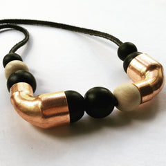 Copper and wood bead necklace by Mainichi