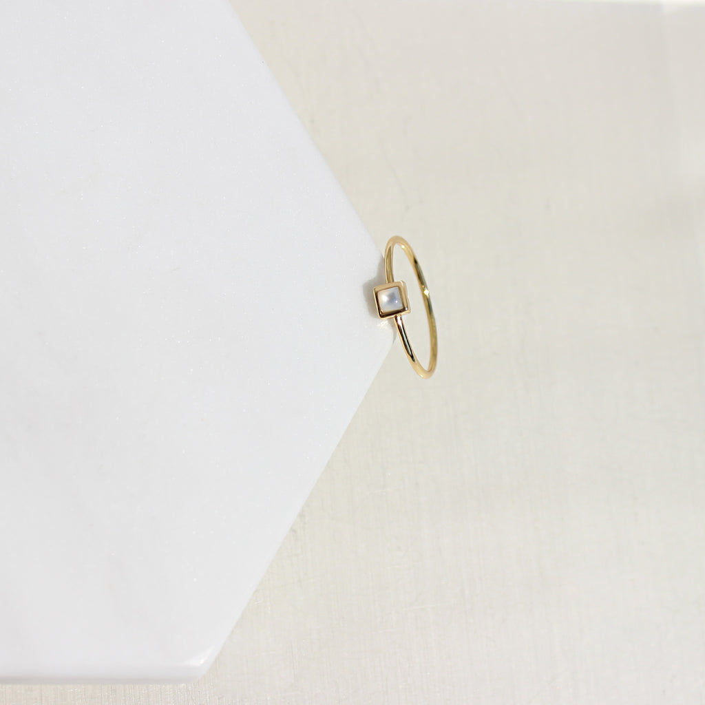 Dainty Cube Mop Midi Ring - Spoil Cupid Jewelry