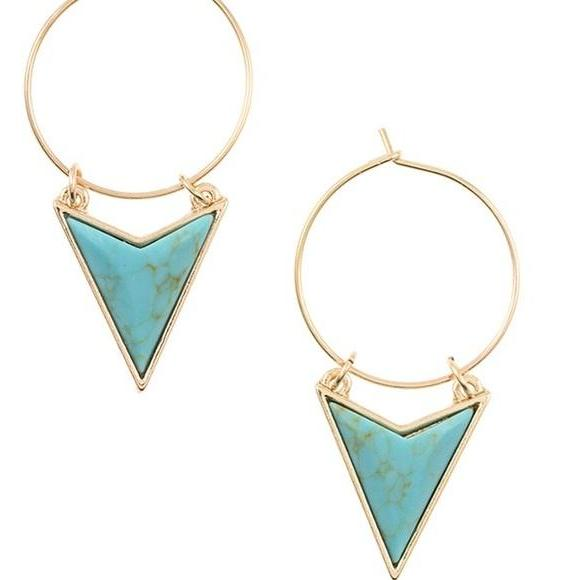 Turq arrow head earrings