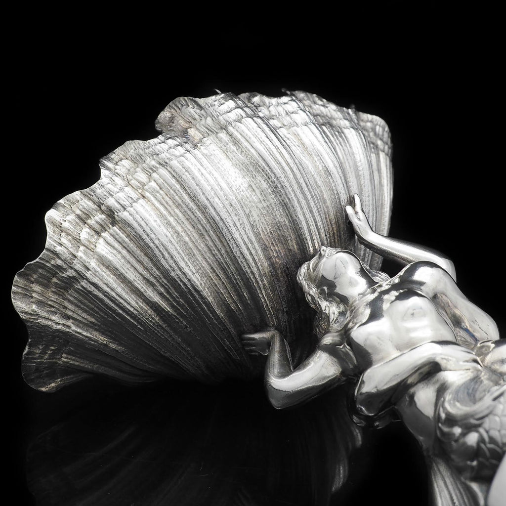 Victorian Solid silver figural centrepiece shell