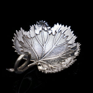 A Georgian Solid Silver Tea Caddy Spoon in Grape Leaf Form - Taylor & Perry 1834 - Artisan Antiques