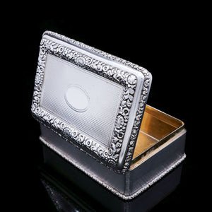 A Huge Solid Silver Table Snuff Box - Daniel & John Wellby 1912 - Artisan Antiques